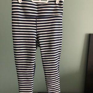 Jcrew/ new balance cropped leggings size S